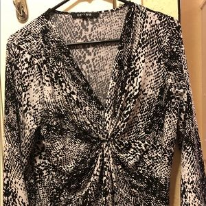 Blouse very good condition!